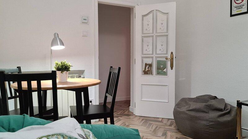 Apartamento NANA, holiday rental in La Cisterniga