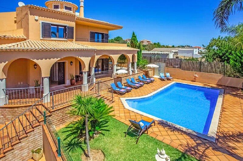Villa Galé by GalanteVasques, holiday rental in Gale