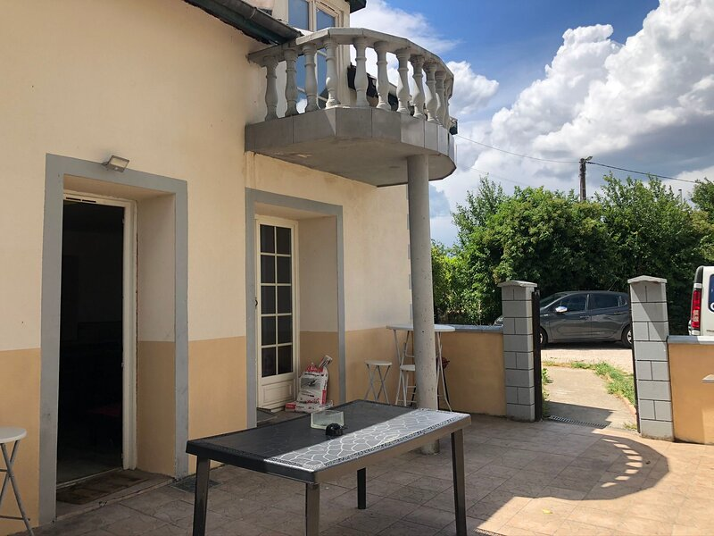 Big house with garden & terrace, holiday rental in Vosne-Romanee