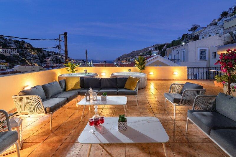 Maravelias Rooms  6 - First Floor, holiday rental in Gialos