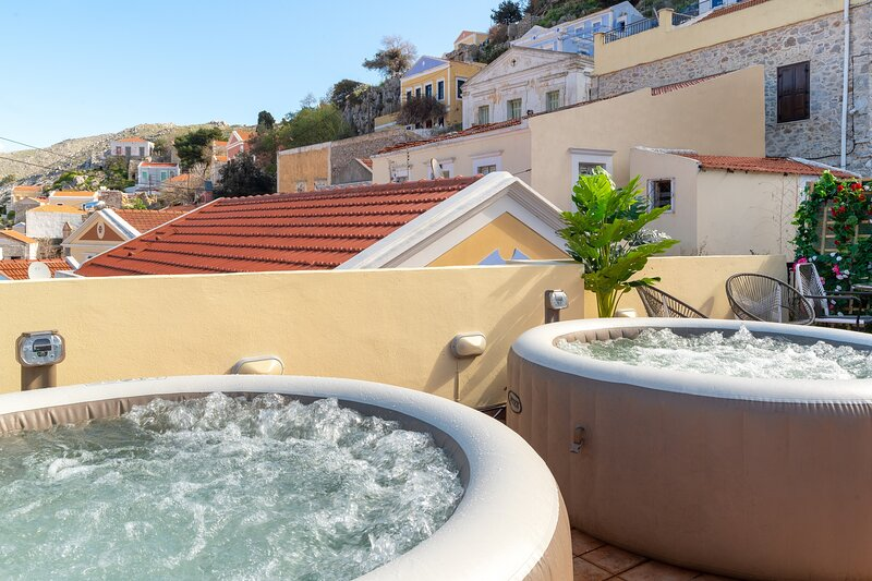 Maravelias Rooms 4- Ground Floor, holiday rental in Ano Symi