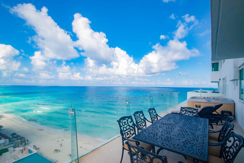 by Tim M - Penthouse #3703 - Stunning views from the Big Hot Tub on the Terrace, holiday rental in Cancun