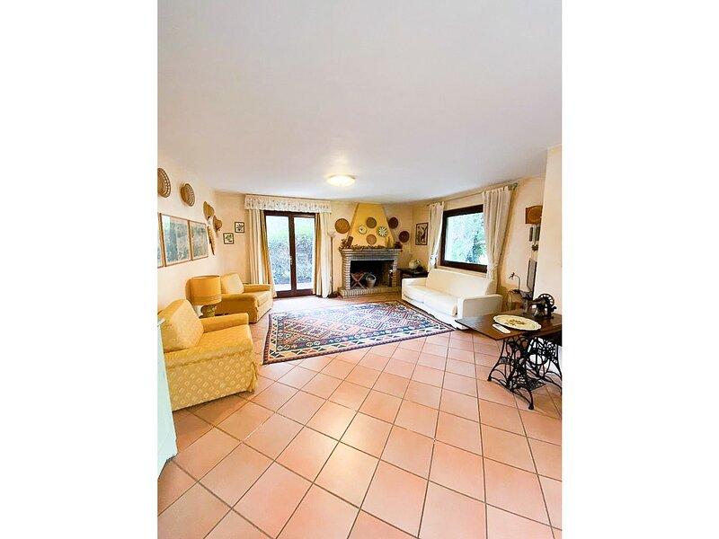 Appartamento 5 posti letto, aria condizionata, holiday rental in Siliqua