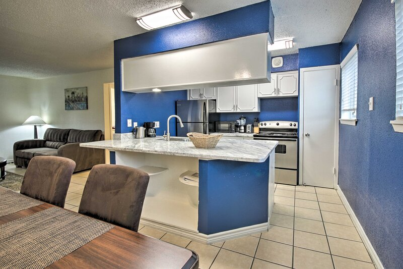 NEW! Houston Apartment < 3 Miles to NRG Stadium!, alquiler vacacional en Fresno