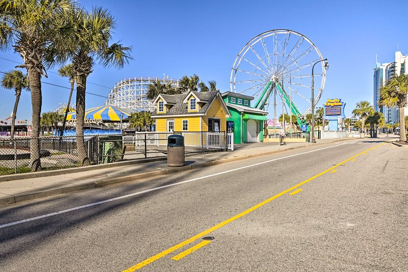 Nearby Attraction | Family Kingdom