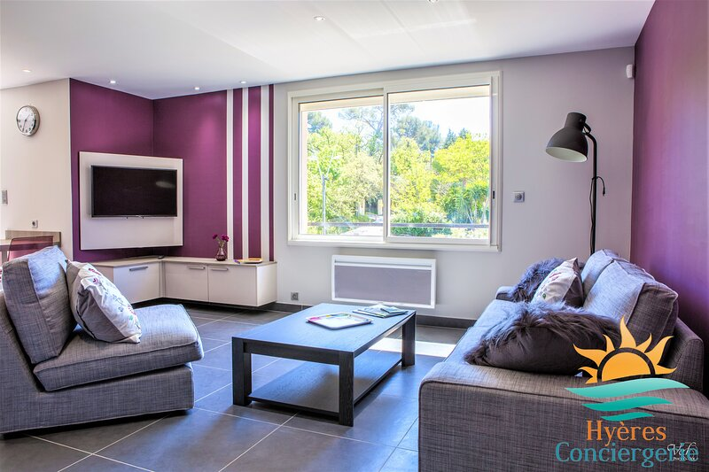 Appartement 3* coquet 300m de la mer Les Bonnettes, casa vacanza a Le Pradet