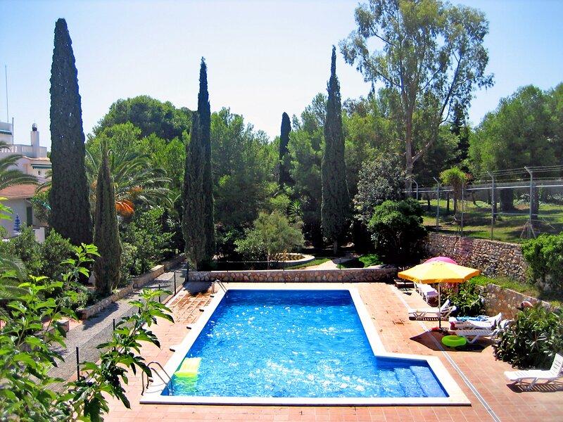 Masia Torrents 2+1 pers, holiday rental in Segur de Calafell