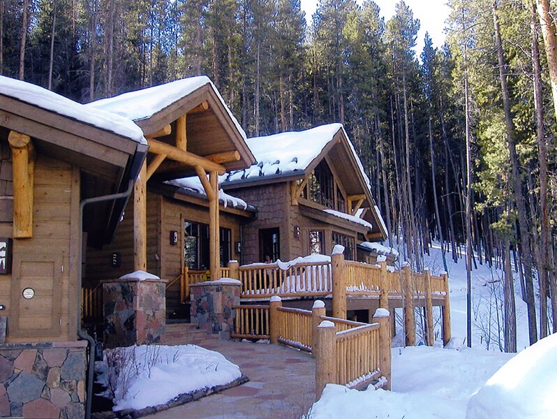 Secluded Luxury Home - 10 Minutes from Vail Mtn., holiday rental in Minturn