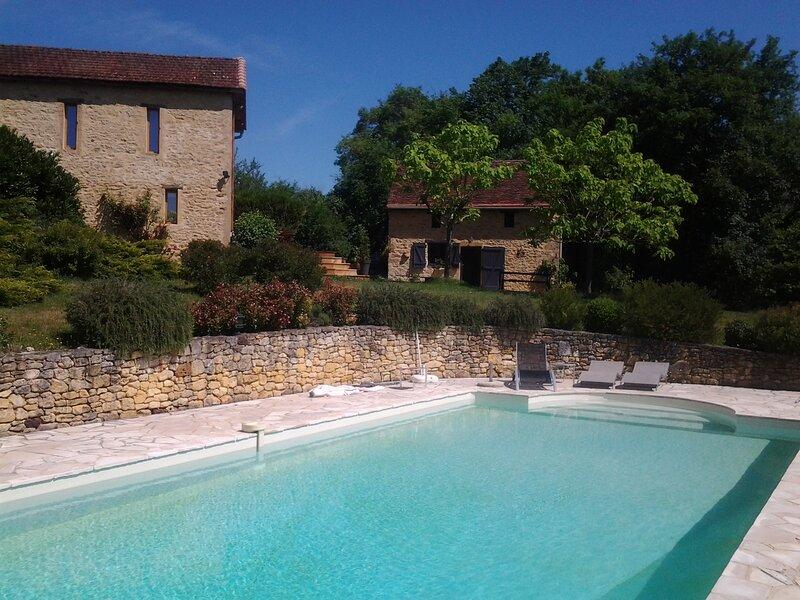 Deux gîtes de charme avec piscine en Dordogne - Les choses de la vie -, casa vacanza a Cendrieux