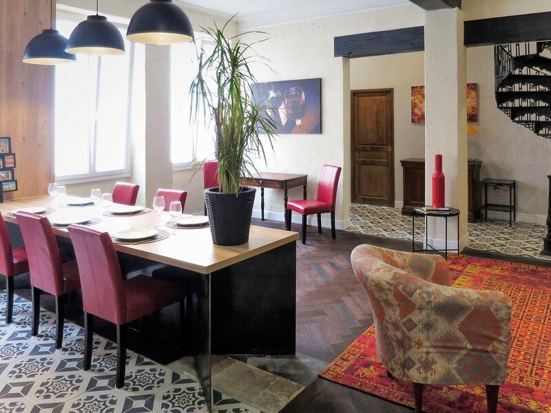 Pauillac 'Inn, holiday rental in Cars