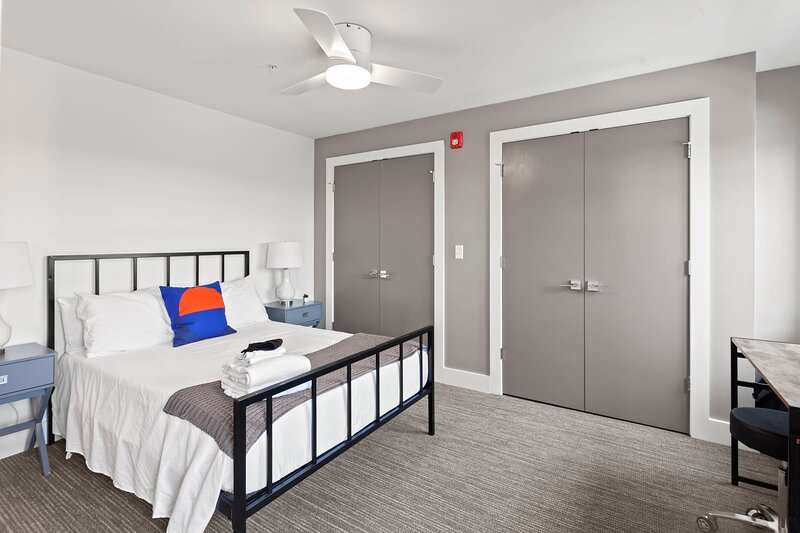 Modern MW 1BR with Rooftop by Zencity, holiday rental in Kansas City