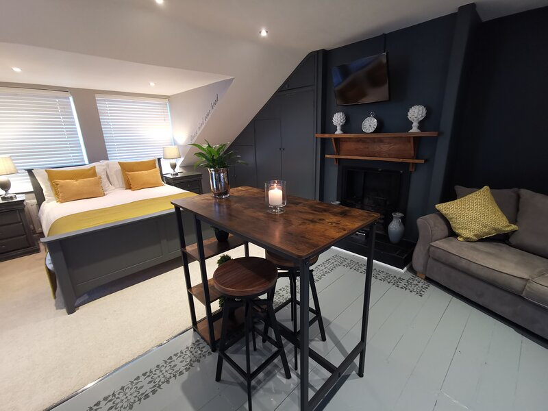Stylish and luxurious Loft – semesterbostad i Chepstow