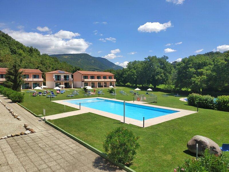 Bran & Denise (GAA170), vacation rental in Albisano