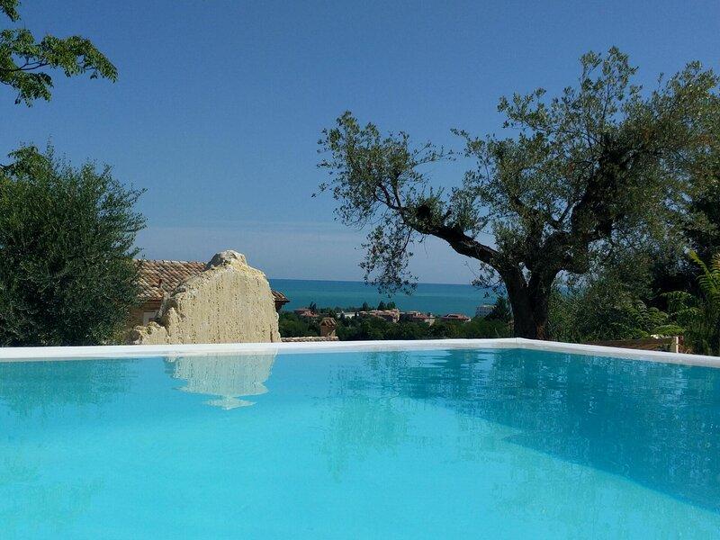 Villa Della Dea Cupra, holiday rental in Massignano