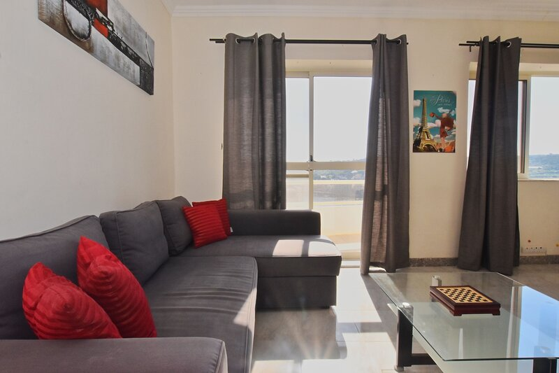 A lovely sea-view apartment, holiday rental in Xemxija