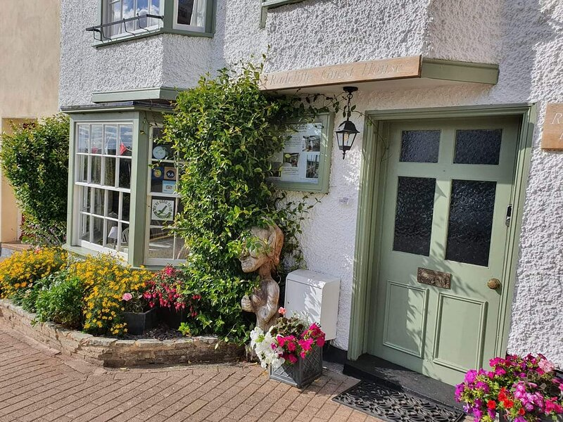 Self Catering accomodation in the heart of Ross on Wye, vacation rental in Weston under Penyard