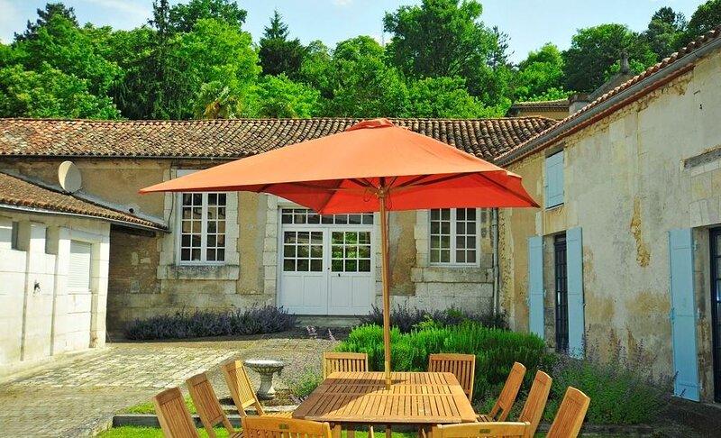 Maison Ribham, holiday rental in Riberac