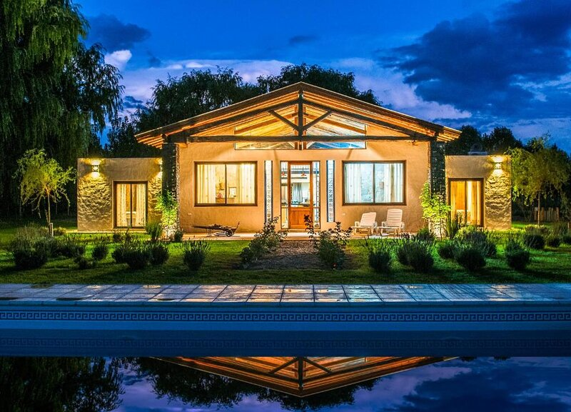 Casa Alegria - Unique Comfort Villa, holiday rental in La Consulta