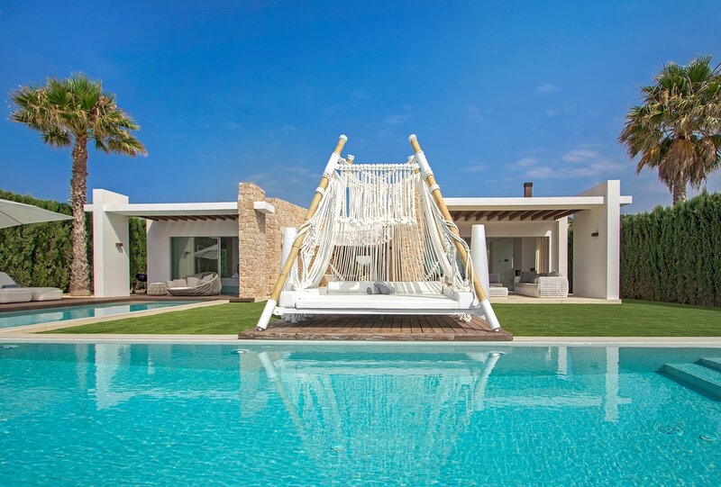 Villa Haven, holiday rental in Cala Comte