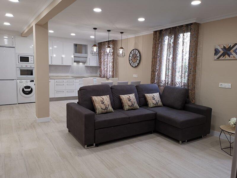 precioso piso recién renovado, holiday rental in Ea