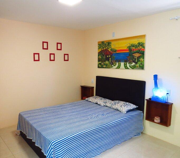 Studio aconchegante em Itapuã sem taxa de limpeza!, holiday rental in Salvador