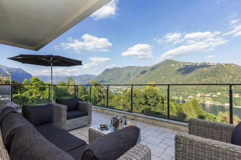 Villa Incanto Sull'acqua, location de vacances à Cernobbio
