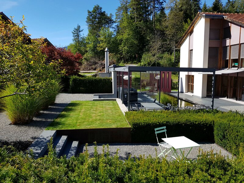 Ferienhaus Carrera mit Traumgarten, holiday rental in Tenna