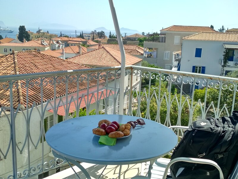 Ostrella, vacations with sea view, holiday rental in Kosta