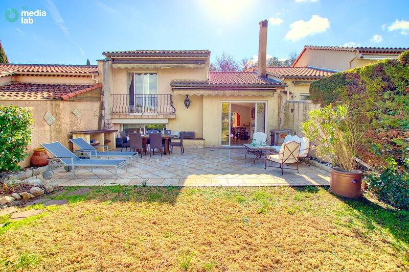 Villa familiale, Proche golf, Piscine, Tennis, holiday rental in Biot