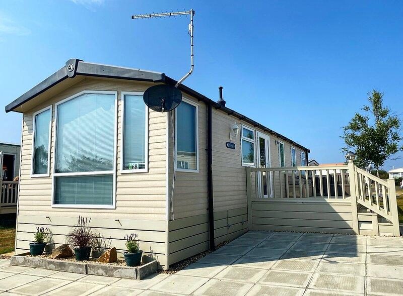 Quintessential British seaside property in Norfolk, location de vacances à West Somerton