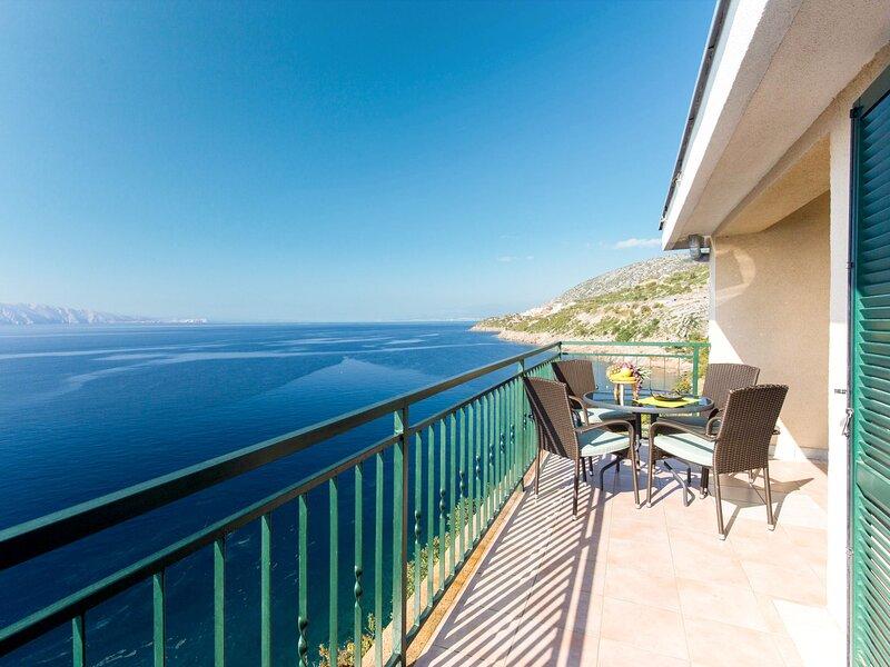 Marina (SNJ106), holiday rental in Senj