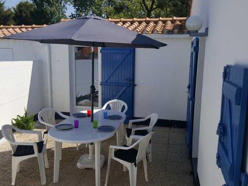 LES FERMES MARINES - TYPE 3 - PISCINE CHAUFFEE ET TENNIS COLLECTIFS - COMMERCES, location de vacances à Bretignolles Sur Mer
