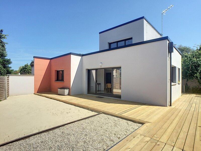Villa moderne proche commerces de bourg et plage de Carolles., location de vacances à Champeaux