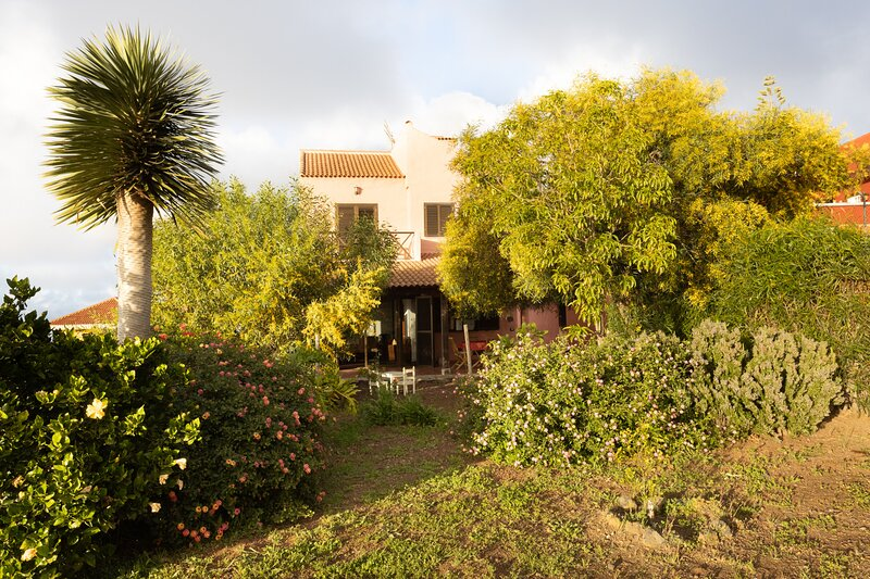 Home2Book Breathtaking Teide View & Terrace – semesterbostad i El Sauzal
