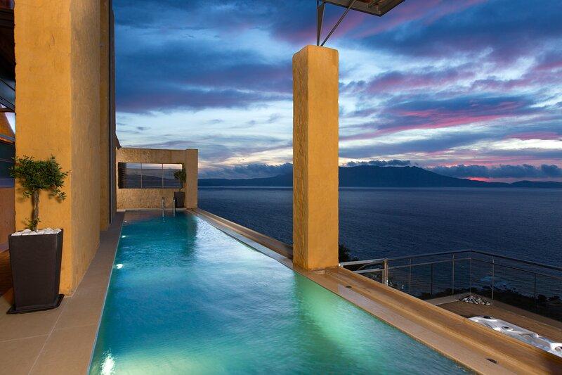 Zen of Infinite Sapphire Blue - Ravdoucha, Crete, location de vacances à Ravdoucha