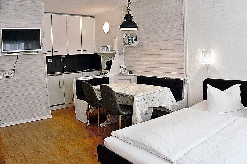 Zentrale, gemütliche Wohnung für 2 Personen 30m2, location de vacances à Engadin St. Moritz