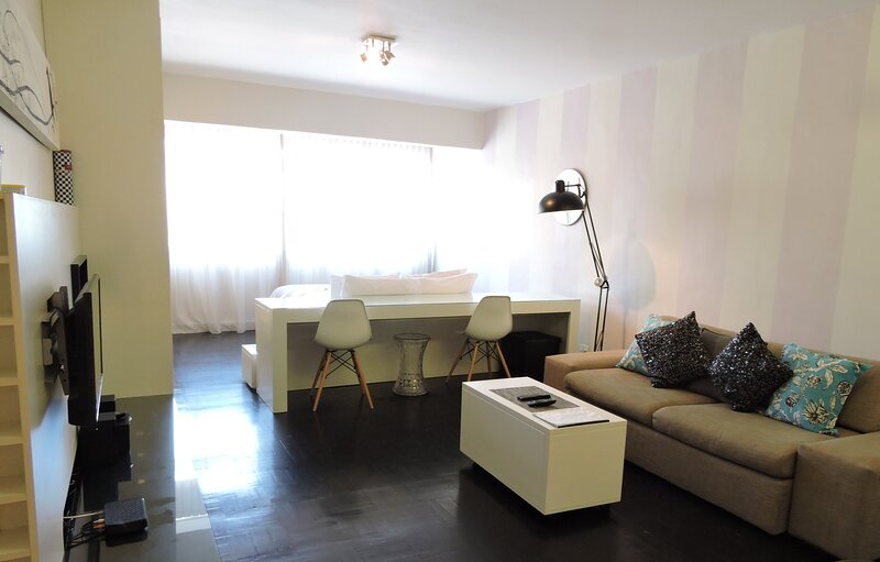 Mouille Point 27, holiday rental in Green Point