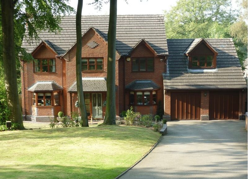Luxury & comfort. Family home. Gated Gardens Sauna Jacuzzi like a boutique hotel, holiday rental in Audlem