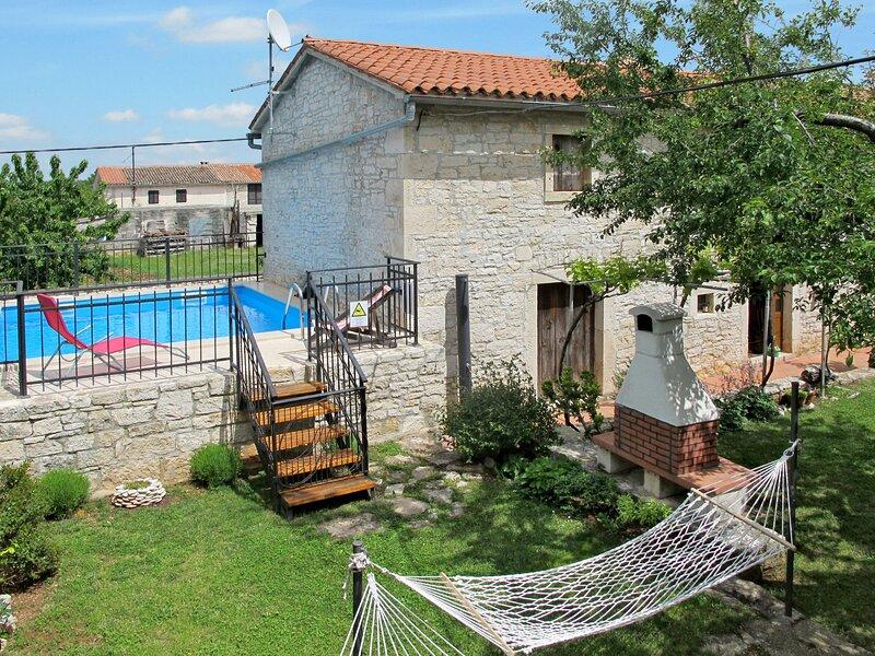 Toni, holiday rental in Butkovici