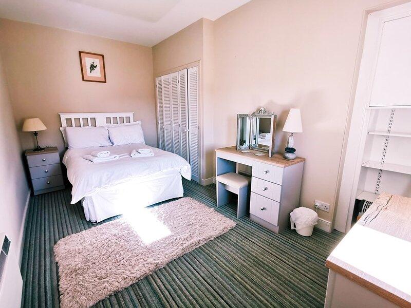 Lochy Cottage, vacation rental in Aberuthven