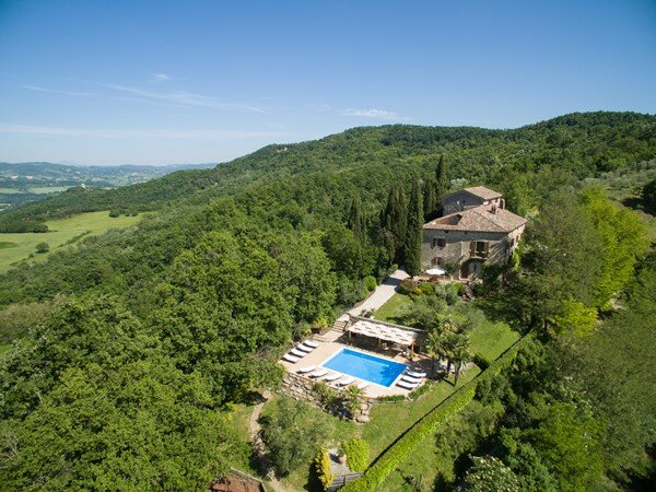 Beautiful converted farm house, high in the Italian hills, vacation rental in Calzolaro