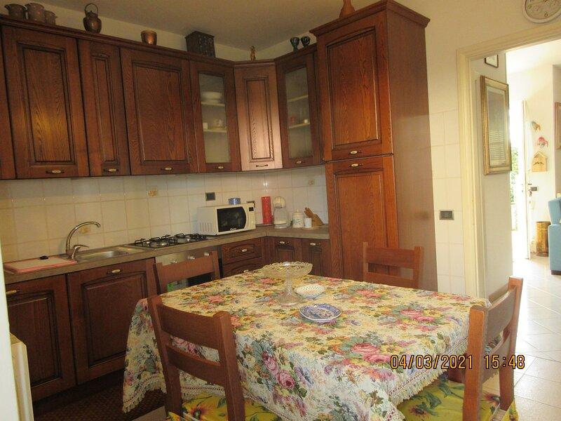 Affittasi appartamento sito in Marina di Massa, alquiler de vacaciones en Marina Di Massa