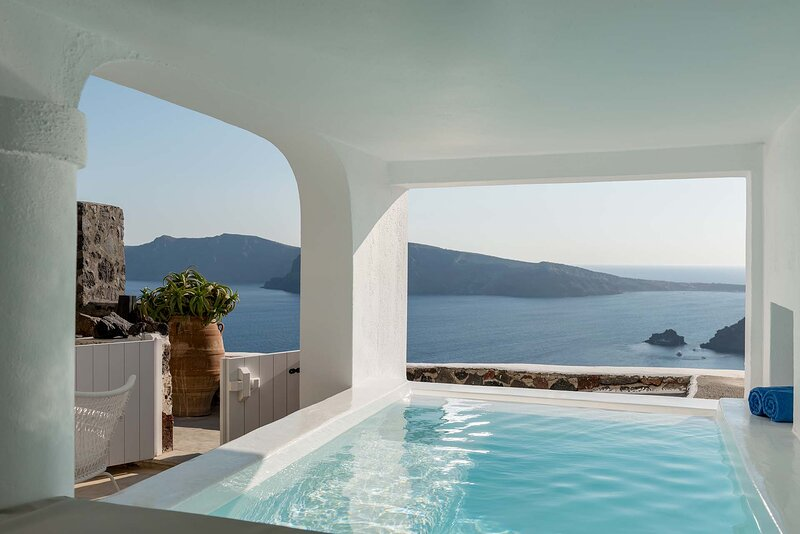 BlueVillas | Hyacinth | Infinity jacuzzi plunge pool, vacation rental in Oia