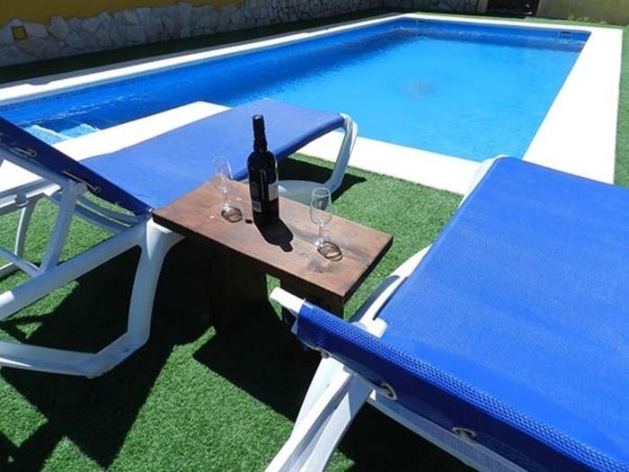villa with private pool only families Vejer I, aluguéis de temporada em Los Naveros