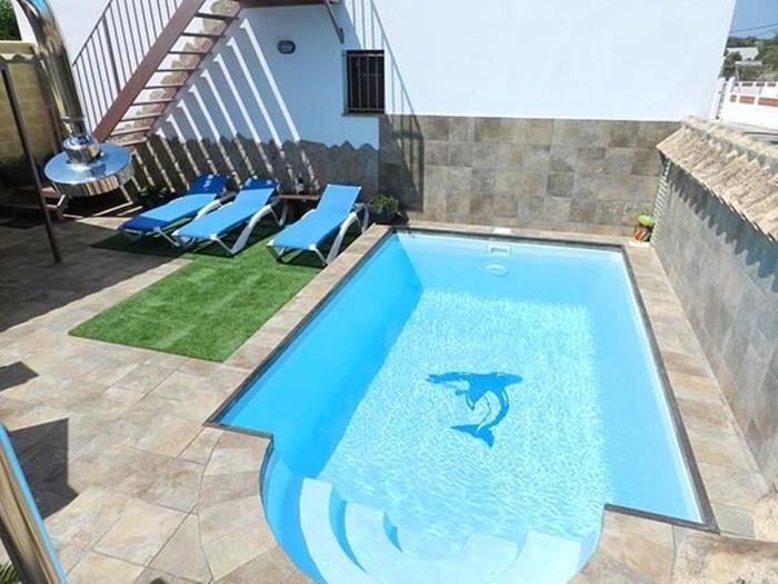 villa with private pool only families Vejer II, aluguéis de temporada em Los Naveros