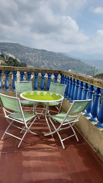 chambre 4 personnes, holiday rental in Alpes Maritimes