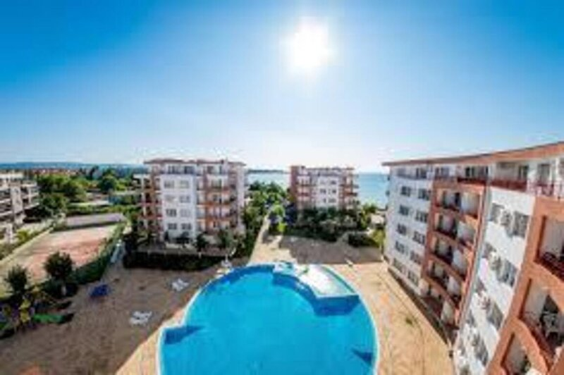 Immaculate 1-Bed Apartment in Ravda, holiday rental in Ravda