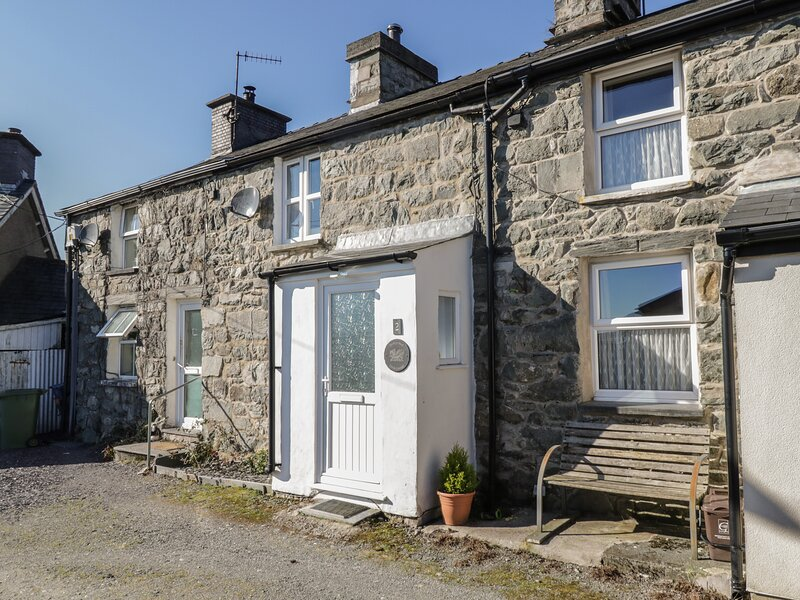 Bwthyn Bach, Trawsfynydd, holiday rental in Gellilydan