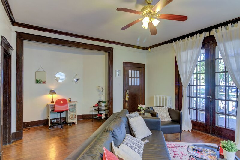 1900's Historic Character at Peabody Place, holiday rental in Southaven