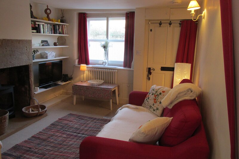 Cosy cottage, a slice of stunning Somerset, location de vacances à South Petherton